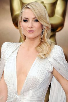 Kate Hudson's Oscars Hair: Veronica Lake Meets Jerry Hall
