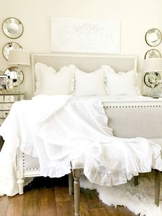 Master Bedroom Styled 3 Ways for Summer - Tips for Decorating Neutral Bedrooms - switch out your bedding and a few accessories to give your room a new look Bedroom Decor For Small Rooms, Bedroom Decor For Couples, Guest Bedroom Decor, Bedroom Ideas, Bedroom Wall, Neutral Bedrooms, Master Bedrooms, Masculine Bedrooms, Eclectic Bedrooms