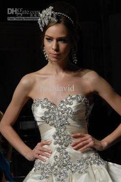 Wedding dresses with bling corset pnina tornai 42 ideas Princess Ball Gowns, Princess Wedding Dresses, Best Wedding Dresses, Bridal Dresses, Wedding Gowns, Bling Wedding, Dream Wedding, Trendy Wedding, Wedding Flowers