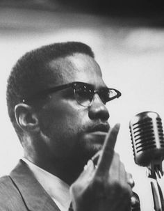 Malcolm X photographed by Burt Shavitz, June - Eclectic Vibes Malcolm X Quotes, Black Leaders, Man Of Honour, Civil Rights Activists, 90s Hip Hop, Civil Rights Movement, Black Power, Black History, Nissan 300zx