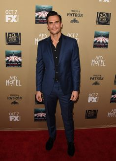 American Horror Story Hotel L.A. Premiere! #StepandRepeat • production coordination and lighting by ELS