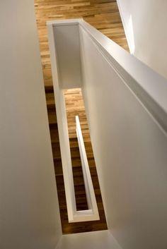 | STAIR DETAIL | Photo Credit: Z-Haus #flush #handrail #stair #detail