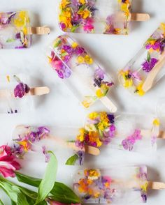Kick off spring with these Floral Ice Pop recipe.