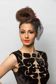 Lucrare concurent in cadrul Concursului anual de tinere talente in Make up & Hairstyling - Oradea, 2014 NEW BEAUTY TALENT. Organizator: Cosmo Beauty School - Oradea