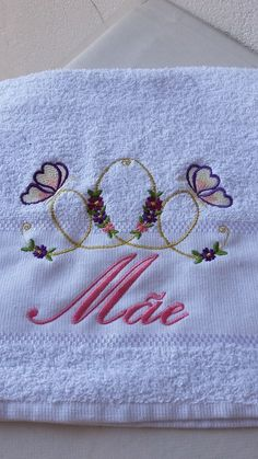 Toalha lavabo Mãe bordada