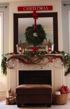 Christmas Mantel Decorating Ideas-04-1 Kindesign