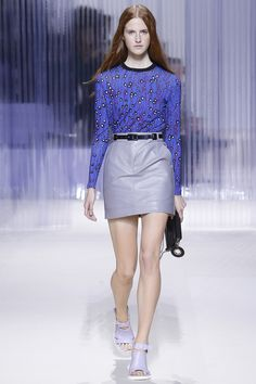 See the complete Carven Spring 2016 Ready-to-Wear collection.