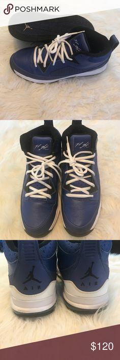 Jordan flight In like new condition, worn once. Jordan Shoes Sneakers