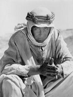 Peter O'Toole (Lawrence de Arabia), 1962.  2 de Agosto de 1932.