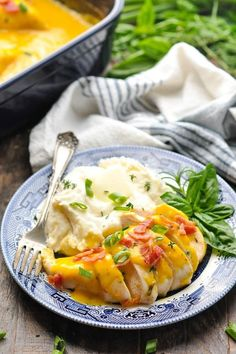 Slow Cooker Ranch Chicken with Bacon Slow Cooker Times, Slow Cooker Chicken, Slow Cooker Recipes, Easy Chicken Recipes, Easy Dinner Recipes, Baked Ranch Chicken, Slow Cooker Casserole, Main Dishes, Crock Pot