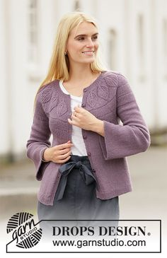 Quiet Moments Jacket - Knitted jacket in DROPS Flora. The piece is worked top down with round yoke, rib and leaf pattern in Fisherman's rib on the yoke. Sizes S - XXXL. Knitting Stitches, Knitting Patterns Free, Knit Patterns, Free Knitting, Free Pattern, Drops Design, Cardigan Pattern, Jacket Pattern, Knit Cardigan