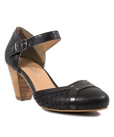 Love this Black Zest Pump by Chelsea Crew on #zulily! #zulilyfinds