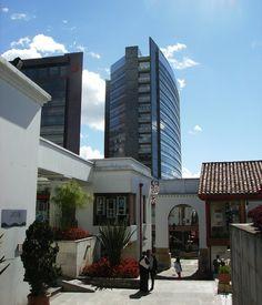 Centro Comercial Hacienda Santa Barbara, Bogotá, Colombia.