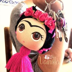 Felt Crafts, Diy And Crafts, Arts And Crafts, Felt Dolls, Doll Toys, Mexican Crafts, Diy Keychain, Mexican Party, Cold Porcelain