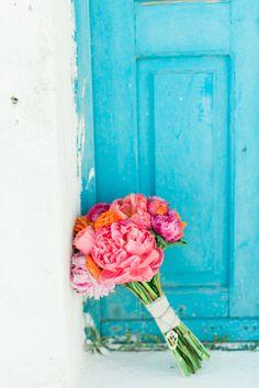 Pink peonies | Photography: Anna Roussos - www.annaroussos.com