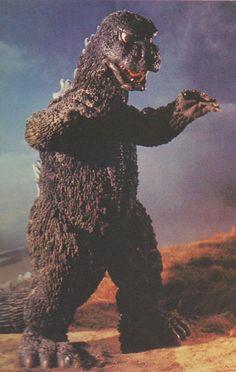 The King of the Monsters (Shinji Takagi) in Godzilla vs. Japanese Monster Movies, Classic Monster Movies, Classic Monsters, Godzilla Vs Gigan, Aliens, Old Posters, Godzilla Wallpaper, Cool Monsters, King Kong