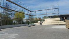 Holzhallenbau in Rösrath - mit Arbeitsgerüst  www.zimmerei-massivholzbau.de