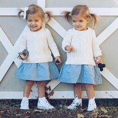can my babies be as cute as taytum and oakley 😍 Twin Baby Girls, Twin Babies, Cute Twins, Cute Babies, Cute Kids Fashion, Girl Fashion, Toddler Girl Outfits, Kids Outfits, Tatum And Oakley