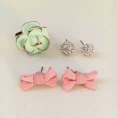 Jewelry bundle one pair of dainty pink bow earrings, one pair of sparkly studs, one mint flower ring. All in good condition. Earrings have both never been worn. Let me know if you have questions or want more photos! Forever 21 Jewelry Bracelets