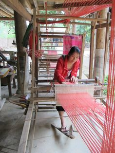 A disabled artist in her handloom...