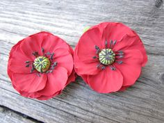 Hair clip polymer clay flower. Red poppies. Set of 2.