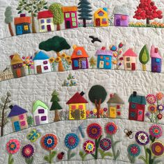 Veronica McGechen's quilt inspired by Wendy Williams Loved custom quilting this one! Wool Applique Quilts, Wool Applique Patterns, Wool Embroidery, Felt Applique, Patchwork Quilting, Crazy Quilting, Applique Ideas, Embroidery Ideas, Embroidery Stitches