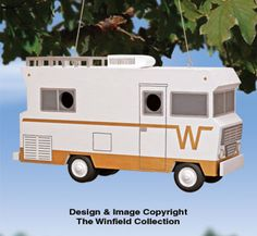 Motorhome Birdhouse Wood Plans NEW!  Modeled after an actual vintage motorhome, this wonderful nostalgic birdhouse has enough room for two lucky bird families!