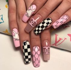 Summer Acrylic Coffin Nails Art Ideas For You - Nail Art Connect Summer manicures need a variety of colors. Coffin nails have always been the nail style for trendy girls because of Nagellack Design, Nagellack Trends, Summer Acrylic Nails, Best Acrylic Nails, Acrylic Art, Summer Nails, Aycrlic Nails, Swag Nails, Coffin Nails