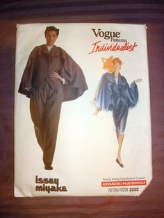 Vogue 2352 Individualist Issey Miyake Pant Jacket Skirt Sz12 complete cut good nsld 19.99+5 0bds 4/1/16