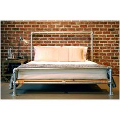 Industrial Pipe Bed Frame - Many people choose the metal frames across the ones. Industrial Bed, Industrial Furniture, Pallet Furniture, Furniture Making, Furniture Design, Industrial Style, Pipe Bed, Diy Bett, Plumbing Pipe Furniture