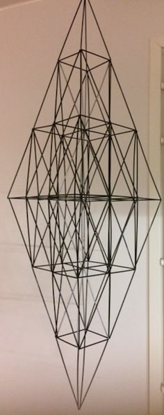 Himmeli DIY Valoputki: Salmiakkihimmeli ISO Musta-hopea Xmas, Christmas, Diy And Crafts, Sculpture, Diwali, Mobiles, Metal, Workshop, Holidays