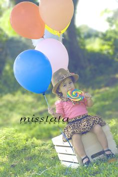 miss lala photography 2nd Birthday Parties, Girl Birthday, Birthday Ideas, Kids Birthday Photography, Children Photography, Birthday Baby Announcement, 3rd Birthday Pictures, Posing Tips, Kid Poses