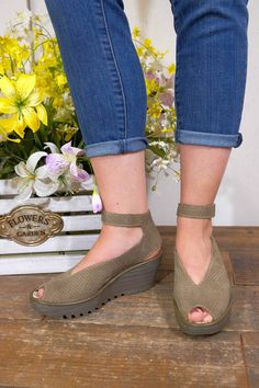 The Yala from Fly London is one of our top selling sandals each summer. It is stylish, flattering and so comfortable you'll want to walk everywhere in them! The Yala features a breezy and airy perfora