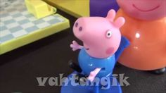 Peppa Pig in italiano. Peppa Pig e il fratello Giorge comprano due pingu...  Altri video: https://www.youtube.com/user/vahtangik/videos