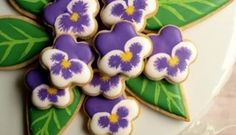 pansy-cookies  http://trending.sweetambs.com/videos/how-to-make-pansy-cookies