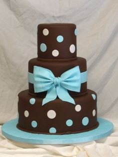Top Cakes with Bows