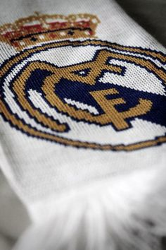 Best team in the world! Real Madrid Team, Best Football Team, Sporty Girls, Soccer, Passion, Club, Sports, Art, Supreme T Shirt