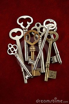 "Vintage Keys for the branch centerpieces - ""key to my heart"""