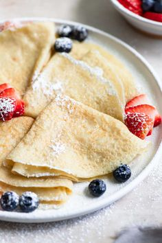 These egg-free and dairy-free vegan crepes are easy to make and as delicious as the traditional version! They're perfect for a vegan breakfast or brunch, and no one ever turned down crepes for dinner! Make them savory or sweet. Breakfast Crepes, Crepes And Waffles, Vegan Breakfast, Vegan Crepes, Savory Crepes, Vegan Sweets, Vegan Desserts, Vegan Food, Easy Crepe Recipe