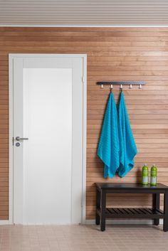 JELD-WENin Unique Spa 500 on modernin suoralinjainen ja tyylikäs sisäovi, joka soveltuu myös kylpyhuoneeseen. Bathroom Hooks, Spa, Unique
