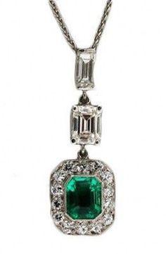 Vintage Estate 1920s Art Deco Platinum Asscher Emerald Diamond 3 Section Pendant