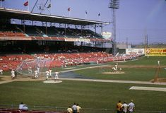 Old Baseball Photos ‏ hours ago More Crosley Field, Cincinnati, 1969 - Wonderful color photo of Reds old ballpark. You can see Pete Rose standing outside of batting cage Baseball Park, Reds Baseball, Baseball Photos, Baseball Field, Sports Stadium, Stadium Tour, Yankee Stadium, The Outfield