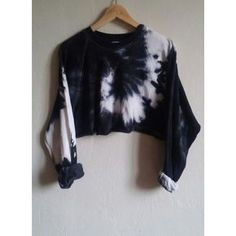 Crop Top Sweater Black Tie-Dye Snake, grunge, indie, hipster, goth ❤ liked on Polyvore featuring tops, sweaters, gothic sweaters, tie-dye crop tops, tie dye sweater, tie-dye tops and goth tops