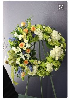 Unique Floral Designs can deliver beautiful sympathy flower arrangements to express your thoughts. We can personalize and customize any arrangement. Flowers For Mom, Church Flowers, Funeral Flowers, Wedding Flowers, Unique Flowers, Arrangements Funéraires, Funeral Floral Arrangements, Deco Floral, Arte Floral