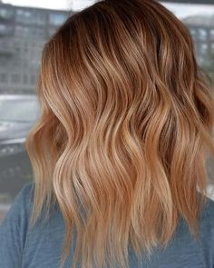 Hair color balayage, ombré and shades for winter 2019 - hair color 2019 12 Hair Color Highlights, Ombre Hair Color, Hair Color Balayage, Blonde Color, Cool Hair Color, Balayage Ombré, Balayage Highlights, Red To Blonde Hair, Dying Hair Blonde
