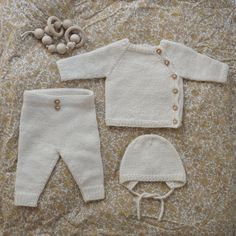 Ravelry: le modèle d& Coming Home d& par PetiteKnit - Knitting manualidades meninas Baby Cardigan Knitting Pattern, Baby Knitting Patterns, Stitch Patterns, Baby Set, Ravelry, Cardigan Bebe, Baby Kimono, Pull Bebe, Baby Pullover