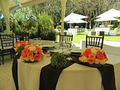 Centro de mesa para novios en color Quinta Pavo Real del Rincón www.pavorealdelrincon.com.mx