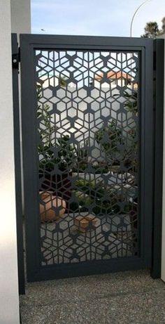 Beautiful metal gate idea. #landscapingidea #metalart