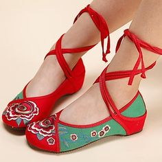 Women's Shoes Old Peking Ankle Strap Flat Heel Canvas with Flower Shoes – USD $ 19.99
