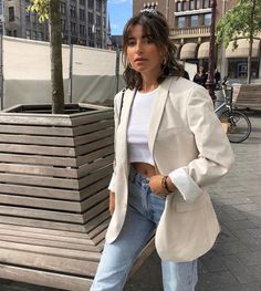 my kind of el clasico French Fashion, Look Fashion, Girl Fashion, Fashion Outfits, Womens Fashion, Fashion Tips, Paris Fashion, Spring Summer Fashion, Spring Outfits